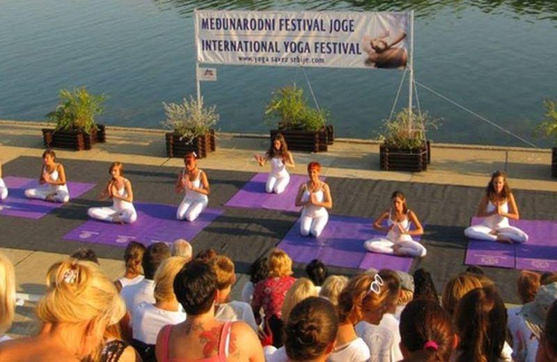 Uno sguardo sull'International Yoga festival