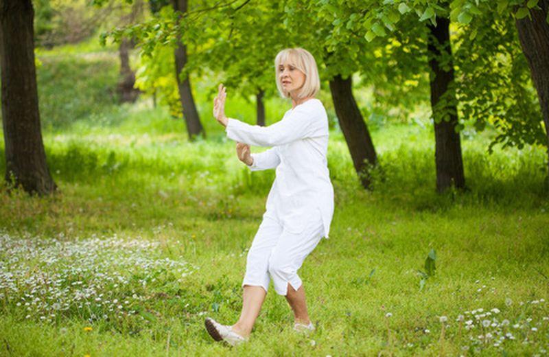 Il tai chi per alleviare i disturbi della menopausa