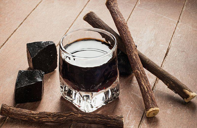 Liquore alla liquirizia: la ricetta per farlo a casa