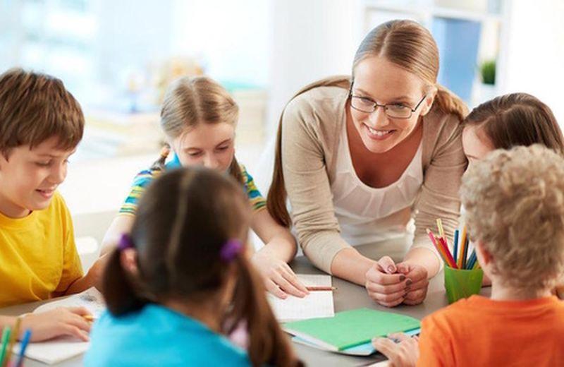 Bambini: la scuola è bella
