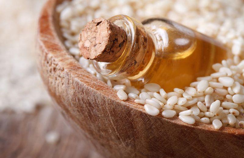 L'olio di sesamo, il più utilizzato nell'ayurveda