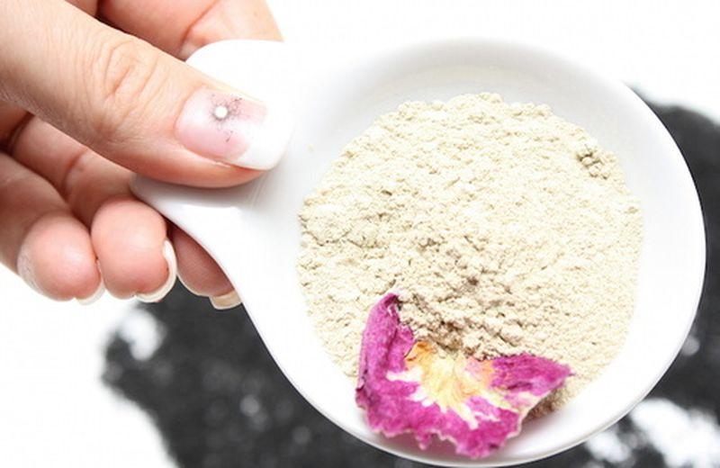 Riattivare l'energia con Udvartana, il massaggio con le polveri
