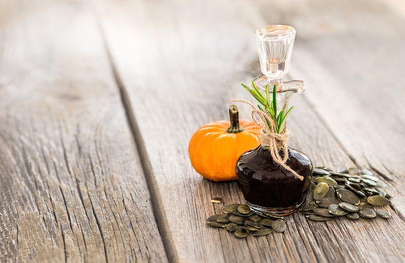 Prova l'olio di semi di zucca contro il colesterolo