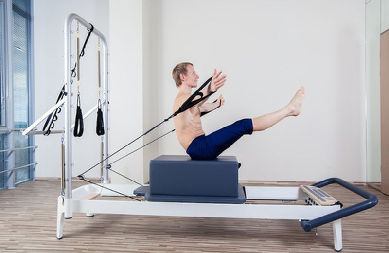 Dainami, l'allenamento moderno tra yoga e ayurveda