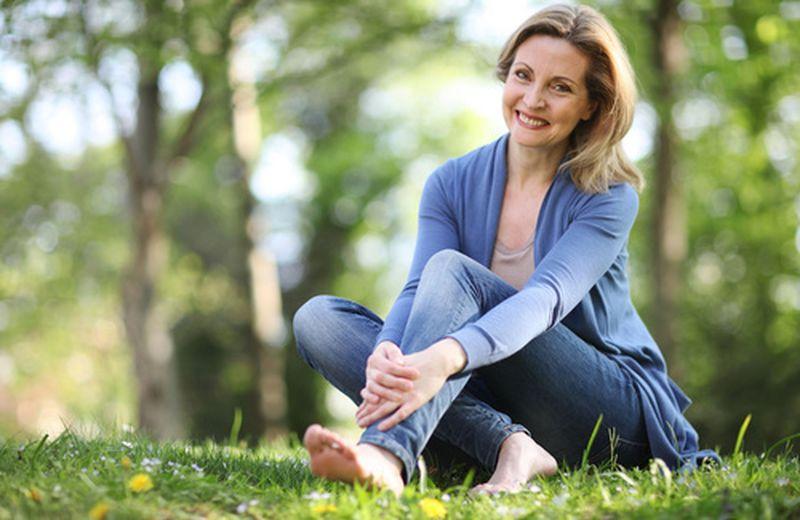 Affrontare la menopausa con lo yoga