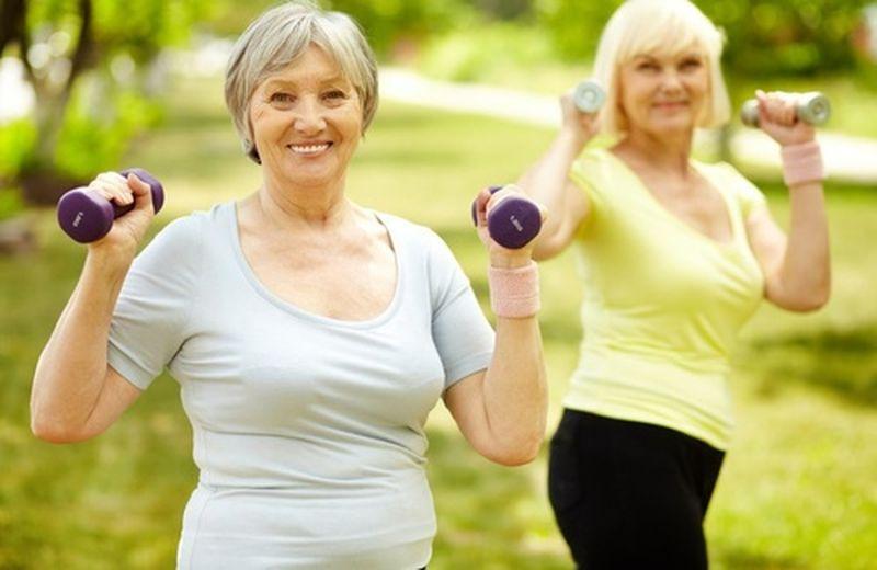 Anziani, consigli per uno stile di vita sano