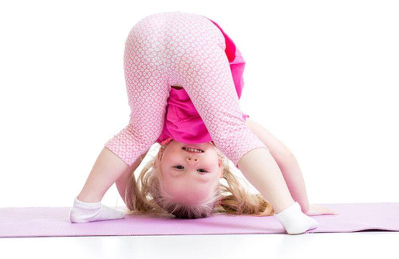 Le posizioni yoga capovolte, il mondo da un'altra prospettiva