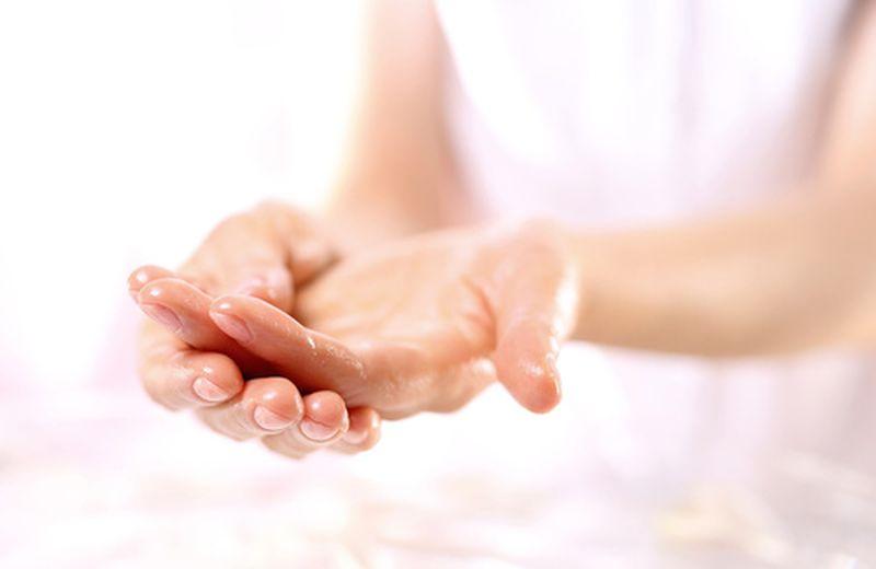 Le tecniche di massaggio delle mani