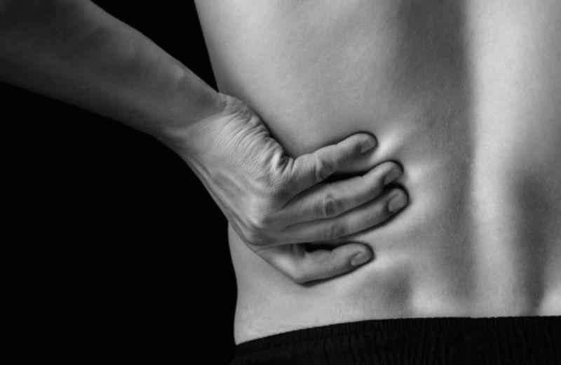 Dolore ai reni: cause e rimedi