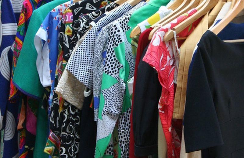 Lo scambio dei vestiti: una scelta responsabile ed ecologica