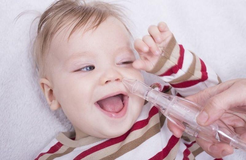 Tosse nel neonato: rimedi e consigli utili