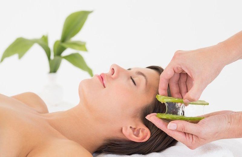 I benefici del massaggio con il gel d'Aloe