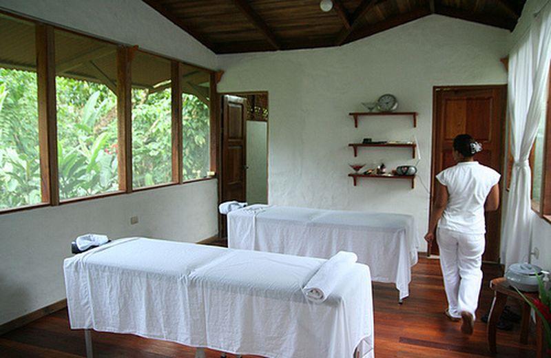 Una seduta di massaggio: scegliere di farsi toccare