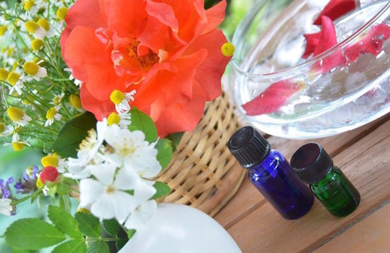 Miscela di oli essenziali per purificare la casa in primavera