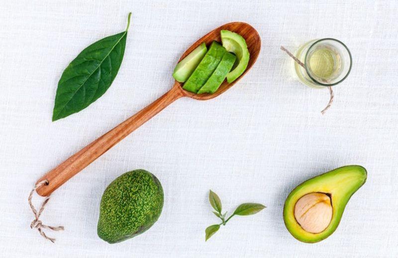 I benefici e gli usi dell'olio di avocado