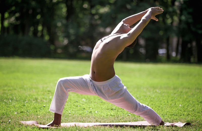 Vinyasa yoga: la pratica dello yoga dinamico