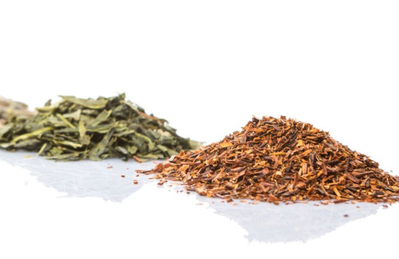 Rooibos verde e rosso: proprietà e differenze