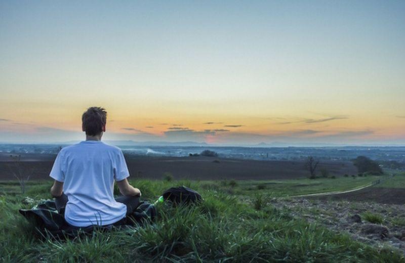 Attacchi di panico: prova la meditazione