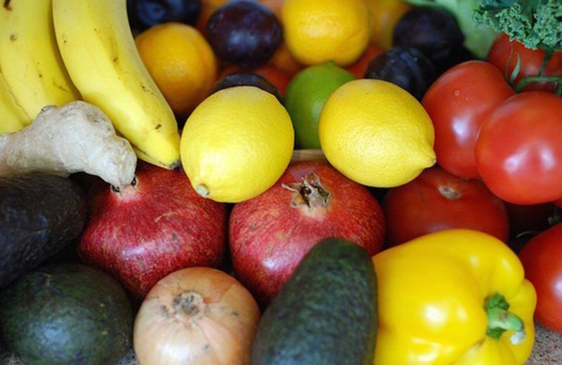 Perché mangiare crudo a inizio pasto?