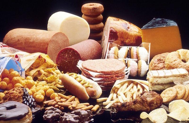 Cosa non mangiare con problemi di colesterolo alto