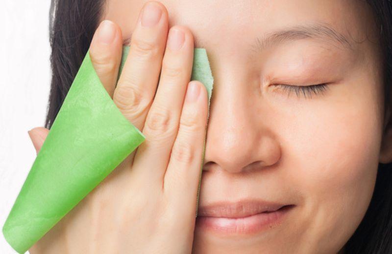 Miscele di oli essenziali per la pelle acneica