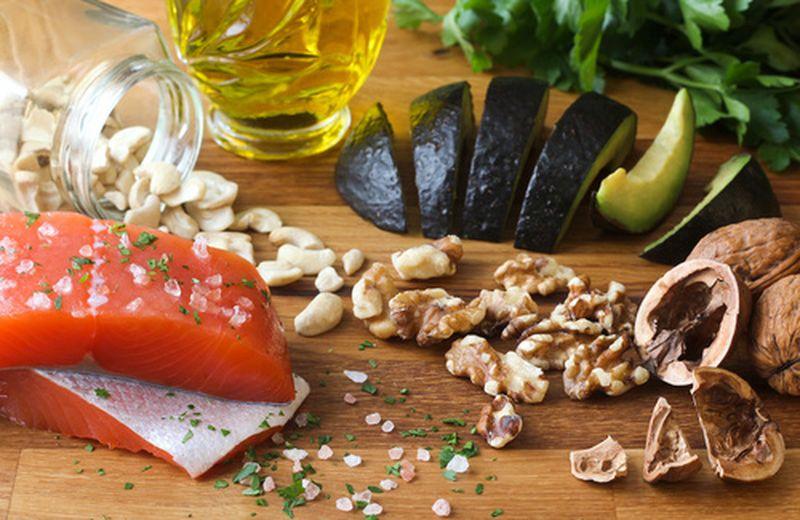 10 alimenti ricchi di grassi salutari