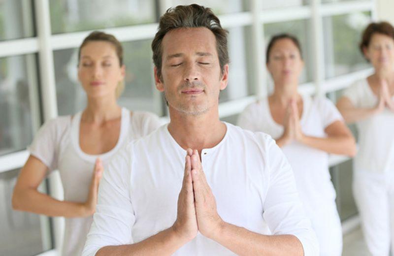 Yoga e meditazione per una pelle del viso sana