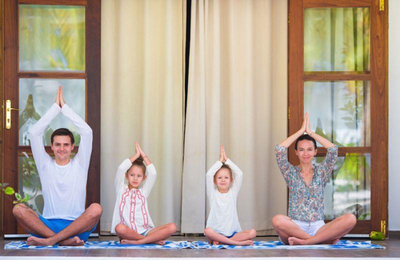 5 posizioni yoga per i bambini