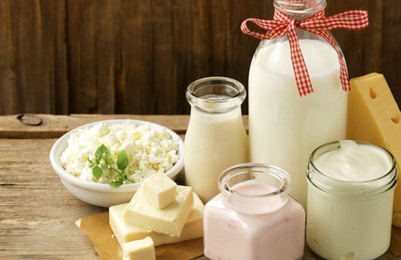 Intolleranza al lattosio: sintomi e alimenti da evitare