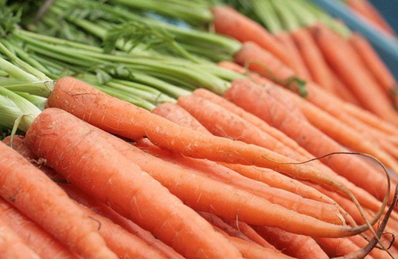 Olio di carota per la pelle baciata dal sole