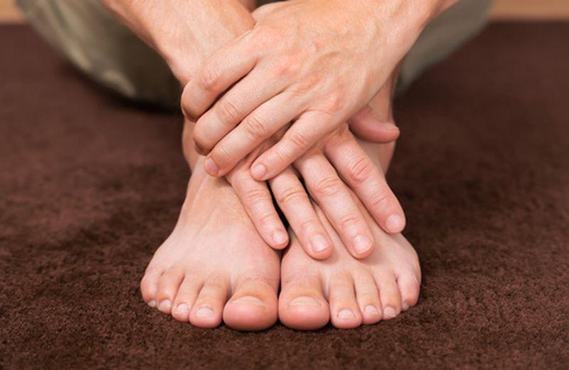 Micosi delle unghie: cause e rimedi