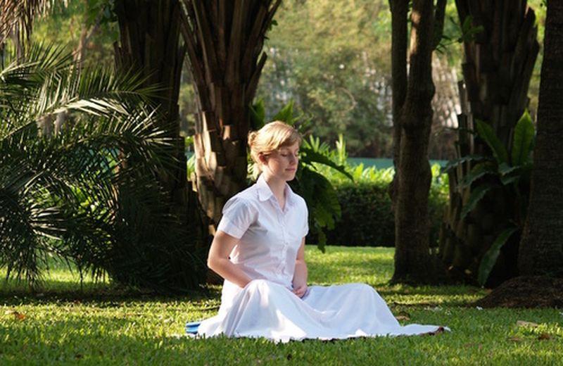 3 azioni facili per entrare in meditazione subito
