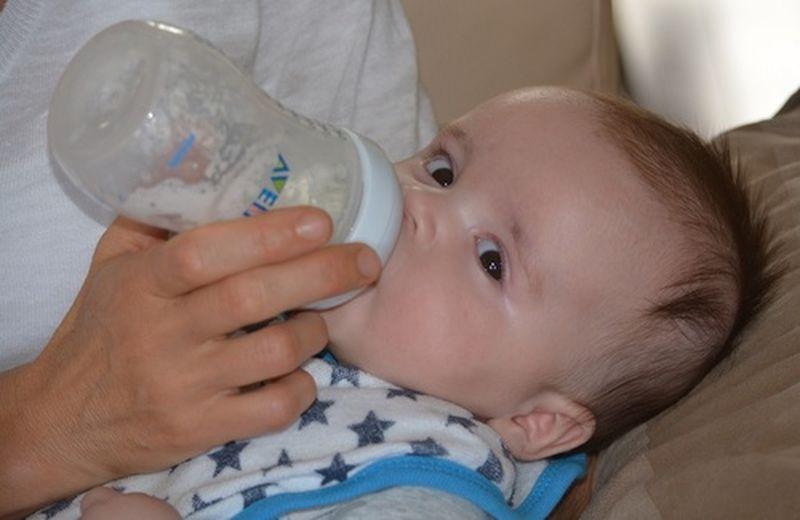 I latti formulati per l'infanzia: quando usarli?
