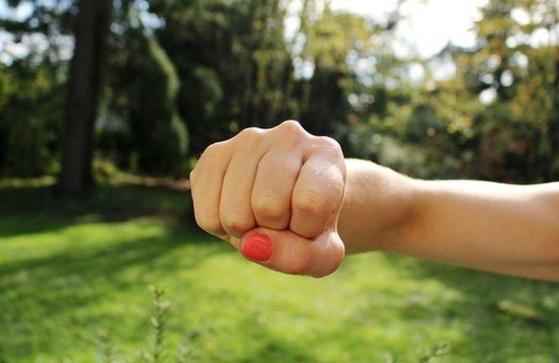 10 cose da sapere per l'autodifesa al femminile