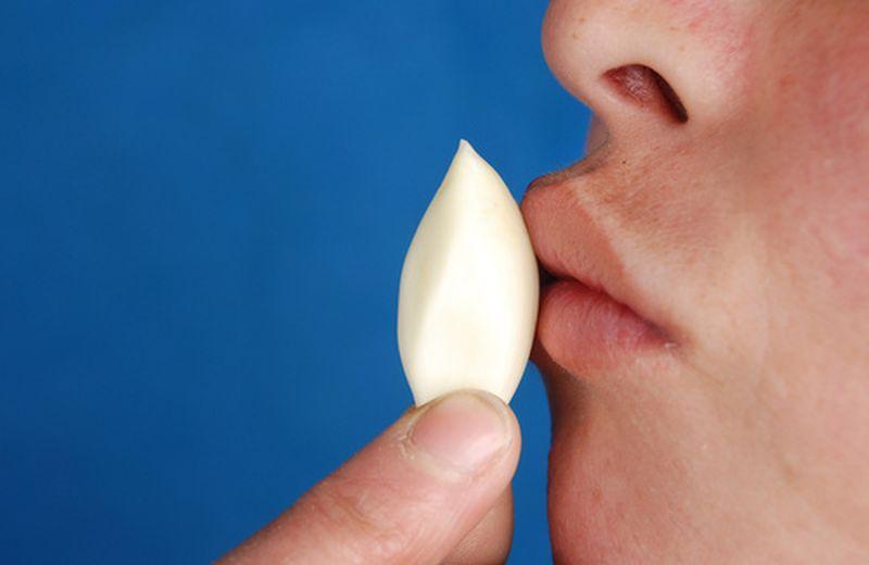 Verruche del viso: cause e rimedi naturali