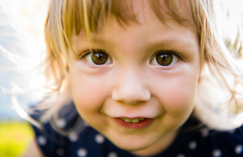 La differenza tra i bambini Indaco, o Indigo children, e i bambini cristallo