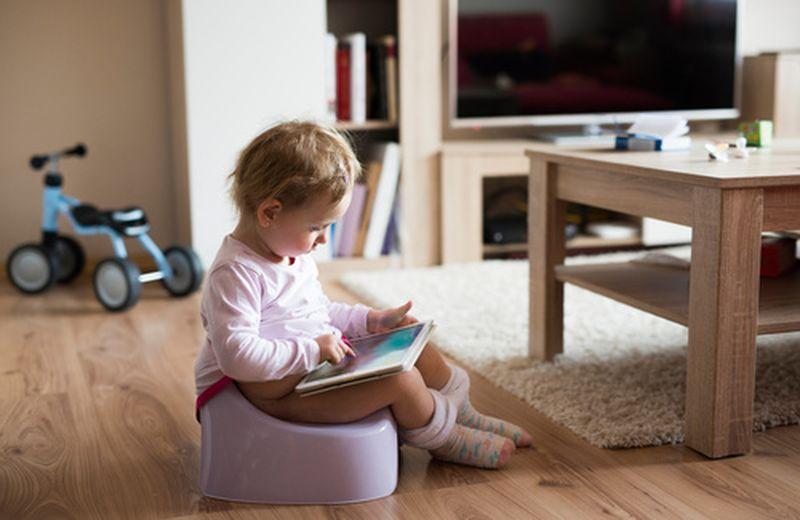 Qual è il periodo migliore per togliere il pannolino al tuo bambino?