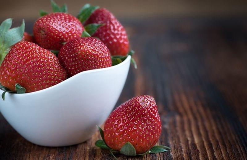 Frutta TOP di aprile, le fragole