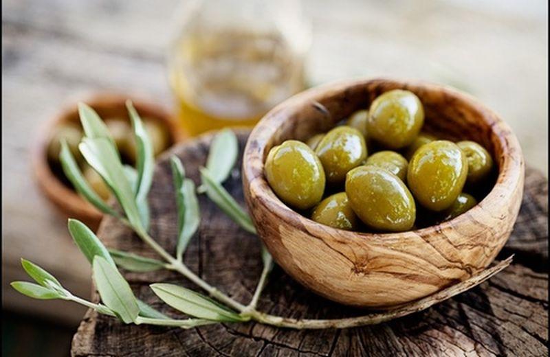 Foglie di olivo: proprietà, caratteristiche e controindicazioni