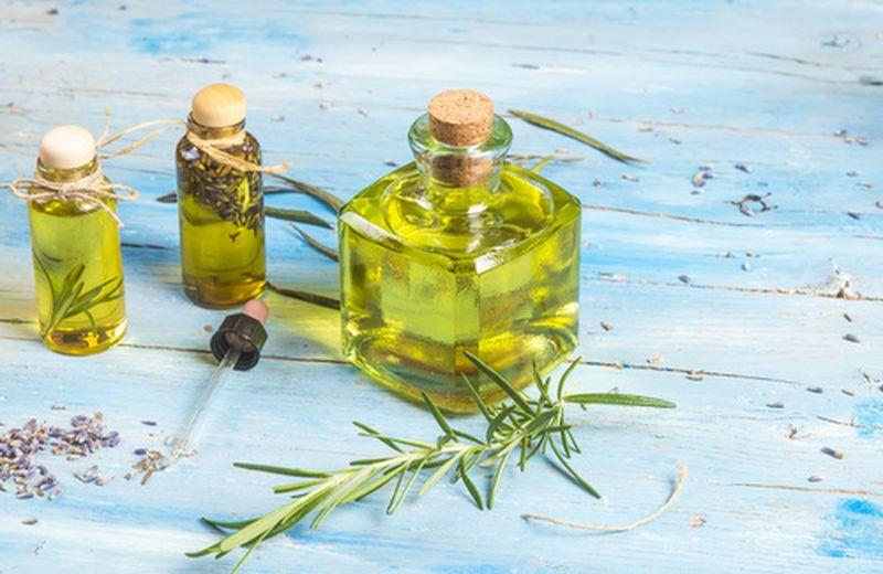 Come realizzare un olio massaggio per il corpo
