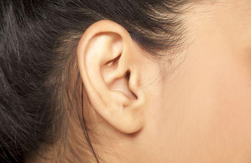 Catarro nelle orecchie: sintomi, cause, rimedi
