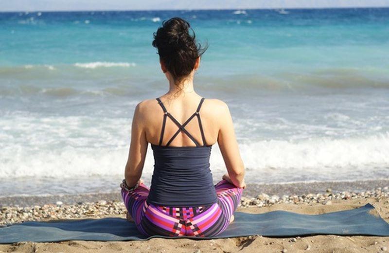 Unione dello yoga attraverso una federazione