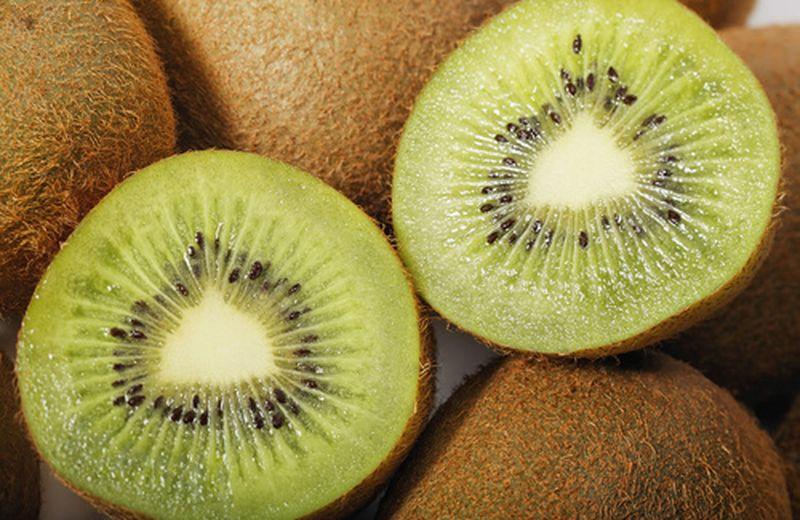 Kiwi, il lassativo naturale