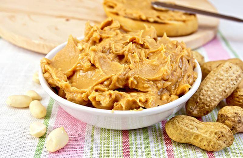 Burro di arachidi, proprietà e come usarlo
