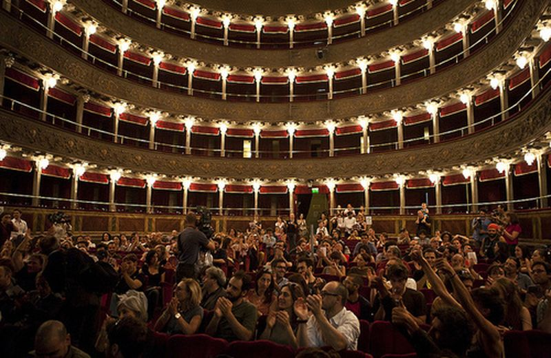 Il teatro come cura naturale: l'occupazione del Valle a Roma