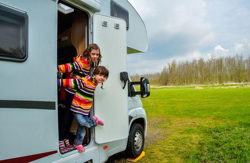 Viaggio in camper con bambini: l'Isola dei Conigli sul Garda