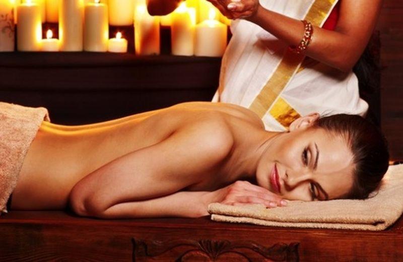 La terapia del massaggio nell'Ayurveda