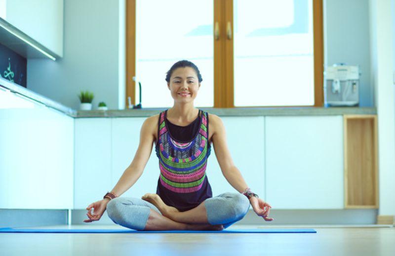 I benefici dello yoga sull'umore