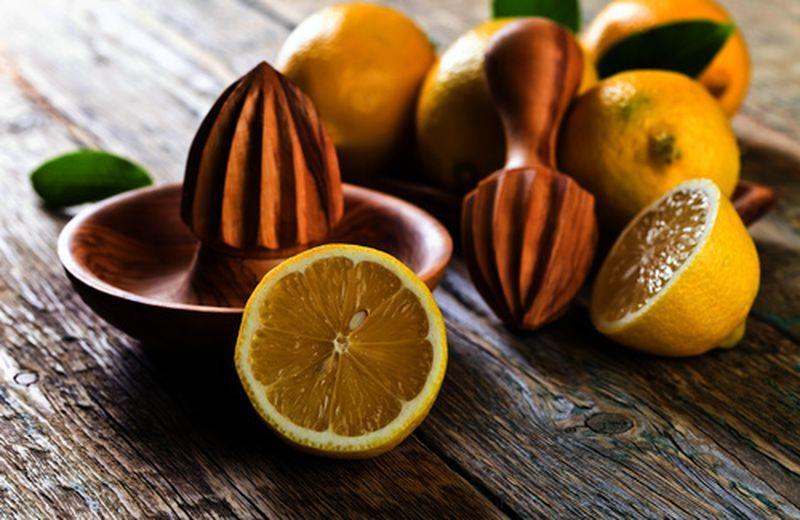 Benefici del limone: succo e scorza