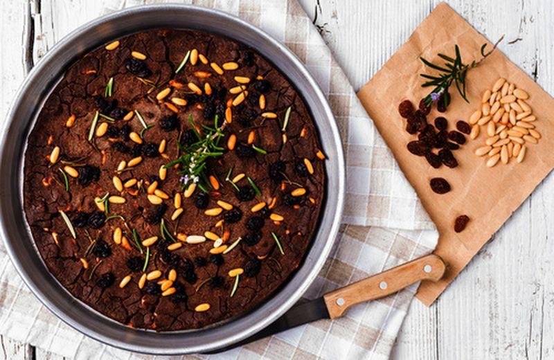 Castagnaccio, la ricetta tradizionale